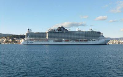 El 'MSC Seaside' visita Palma en su viaje inaugural